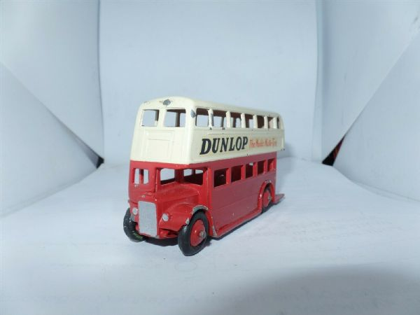 Dinky 29C/290 Bus Red & Cream Leyland Radiator Dunlop UB